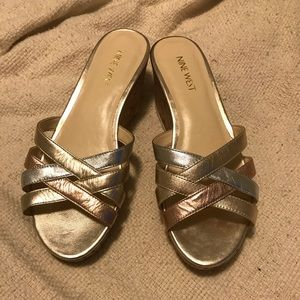 Pretty Nine West Tri-Colored Sandals